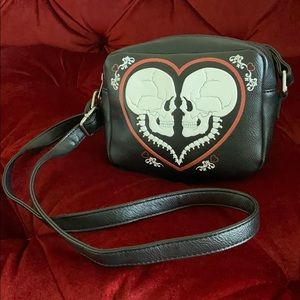 Loungefly Bags - 💀♥️ Skeleton Love Faux Leather Purse